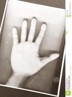 photocopy-hand-7074498.jpg